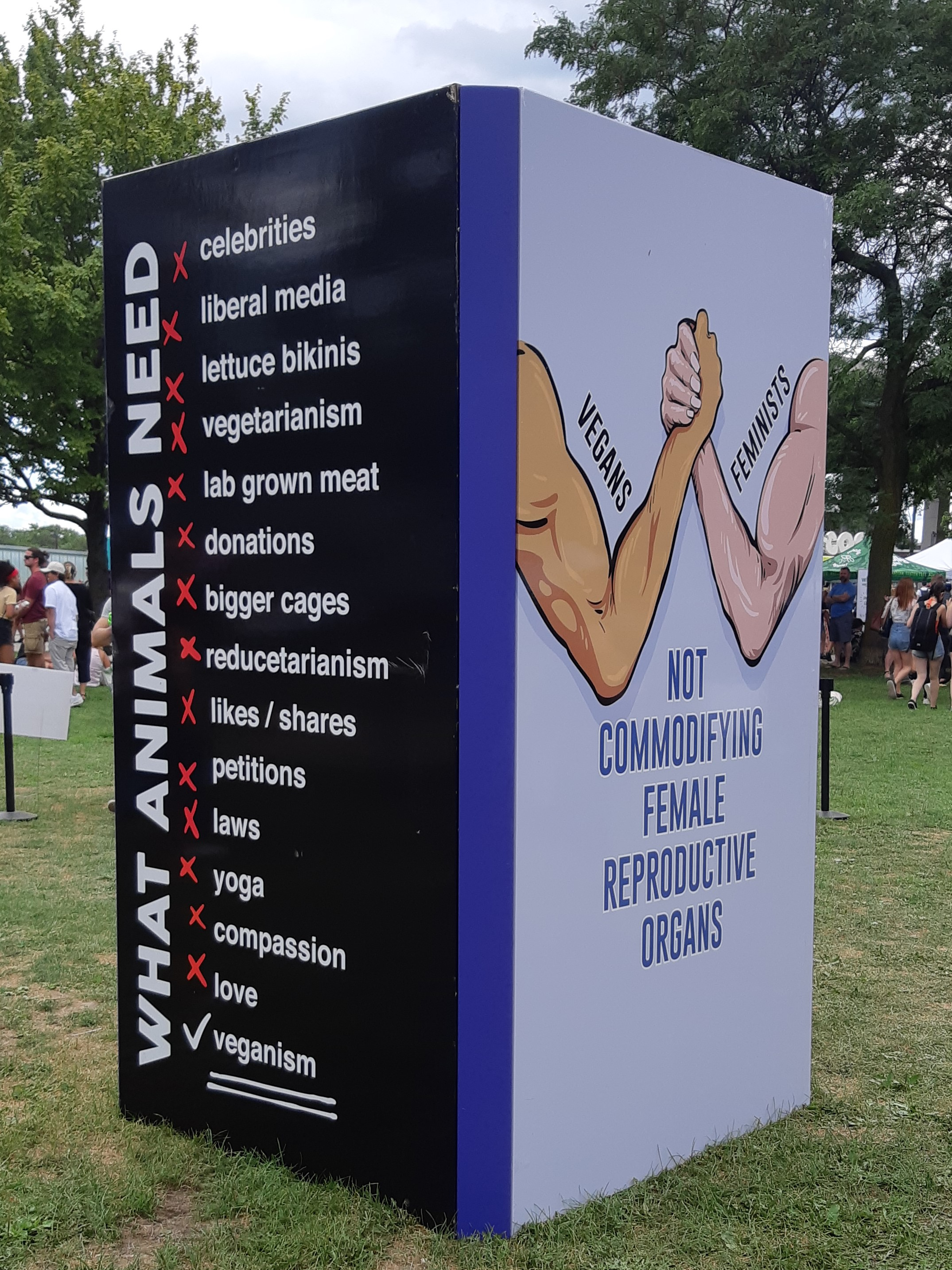 AterImber.com - The Veg Life - Vegandale Festival 2019 Review -Art Installation 2