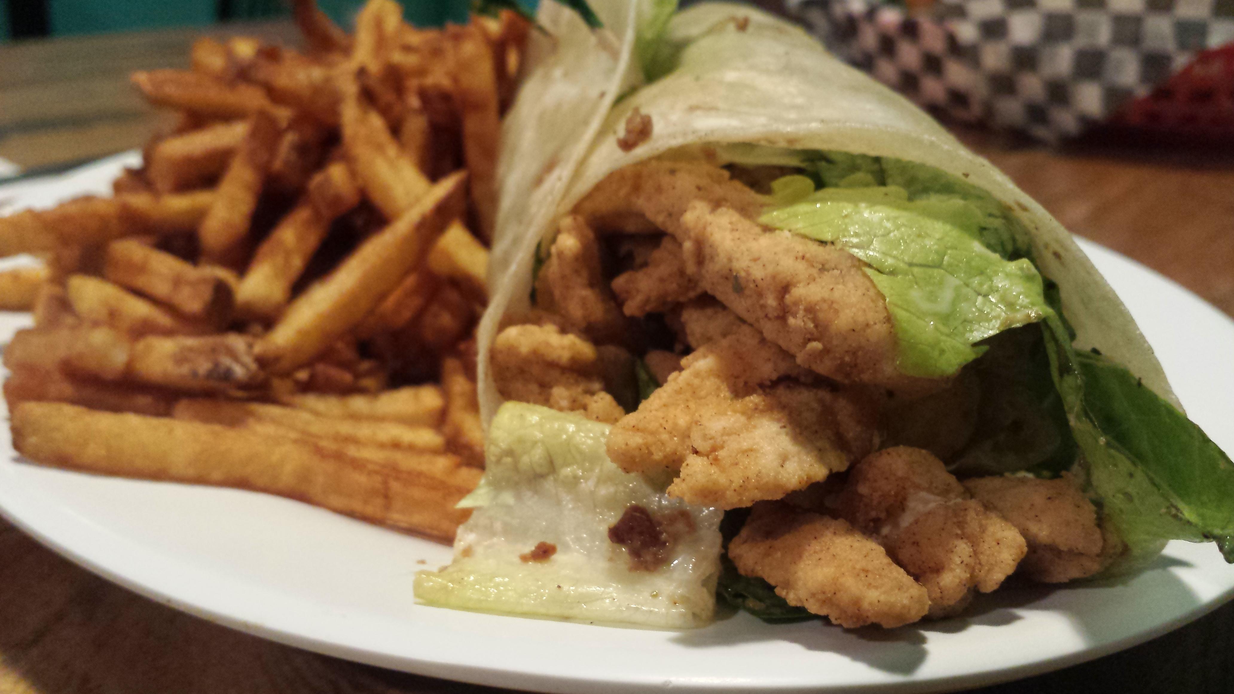 AterImber - The Veg Life - Hogtown Vegan - Unchick'N Ceasar Wrap - Vegan food