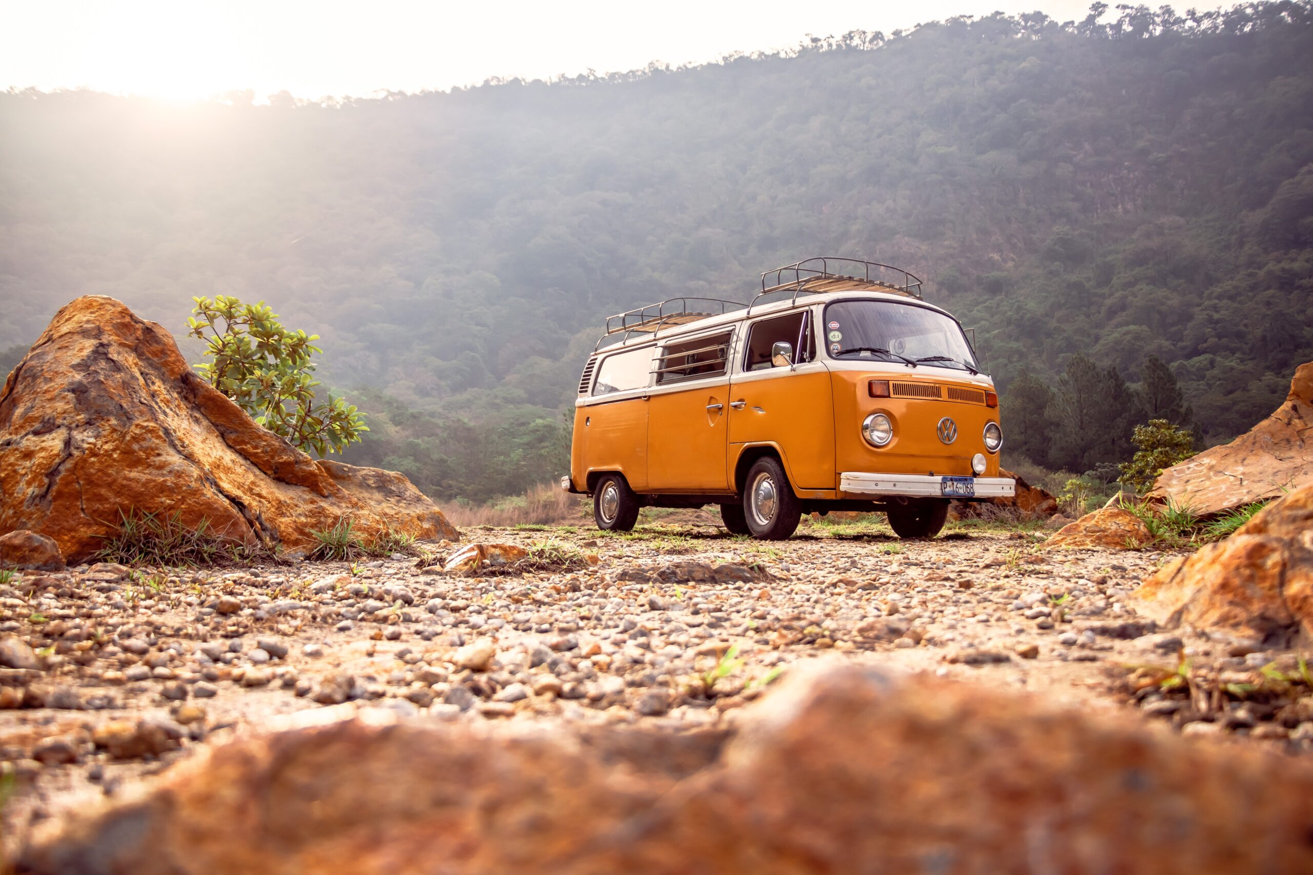 AterImber.com - No. Mad. - Tiny Houses vs Skoolies vs Van Life - Desert Van - vanife, skoolies, tiny living, blogger, lifestyle blogger, boondocking, travelling, traveller, lifestyle tips, wanderlust, wanderer, living the dream